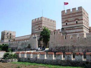 دیواره های قسطنطنیه استانبول