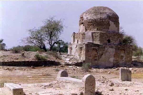 قبرستان تم سنیتی قشم