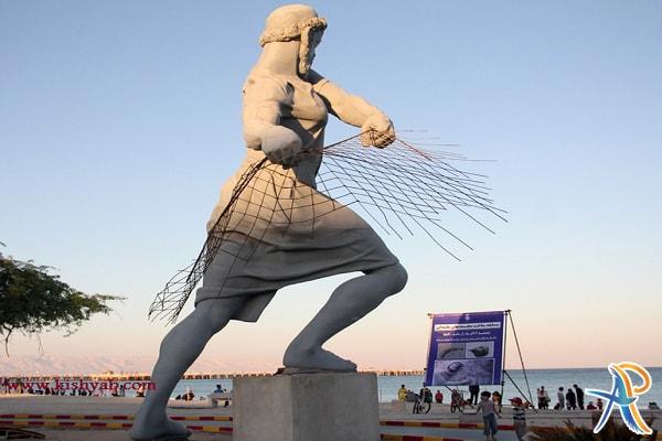 مرد ماهیگیر کیش